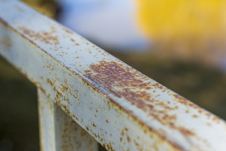 The corrosive properties of oxalic acid makes it effective at removing rust from metal.